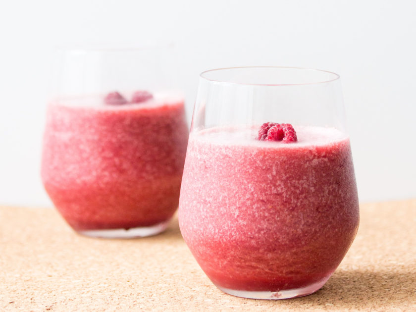 the raspberry refresher smoothie_hot for food