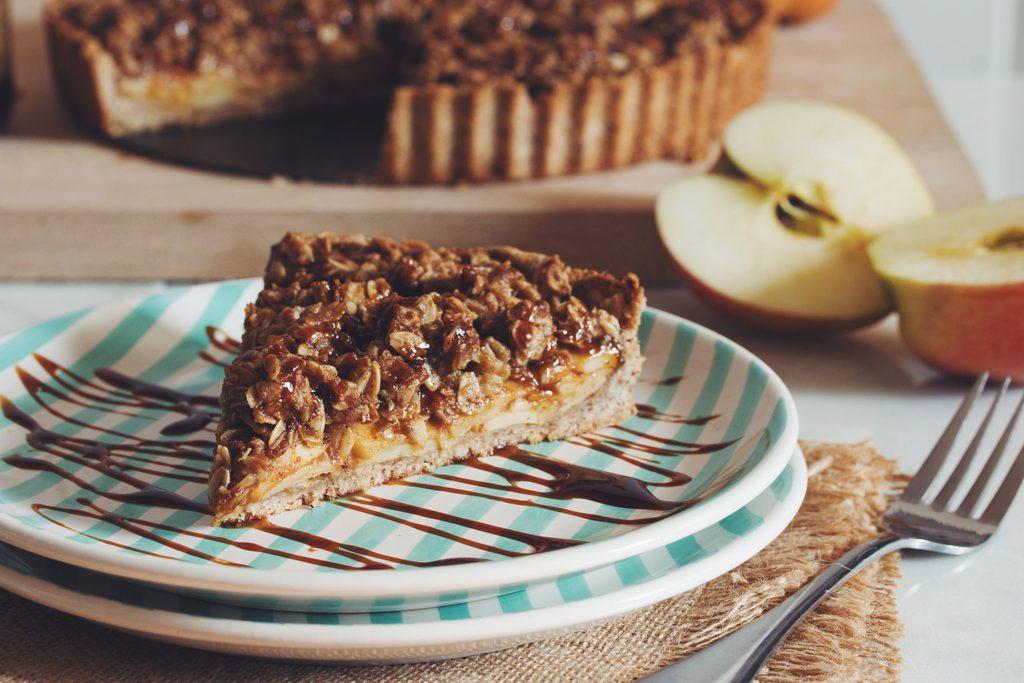 salted caramel apple crumble tart