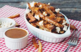 vegan poutine_hot for food