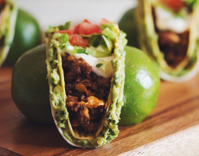crazy vegan guac tacs_hot for food