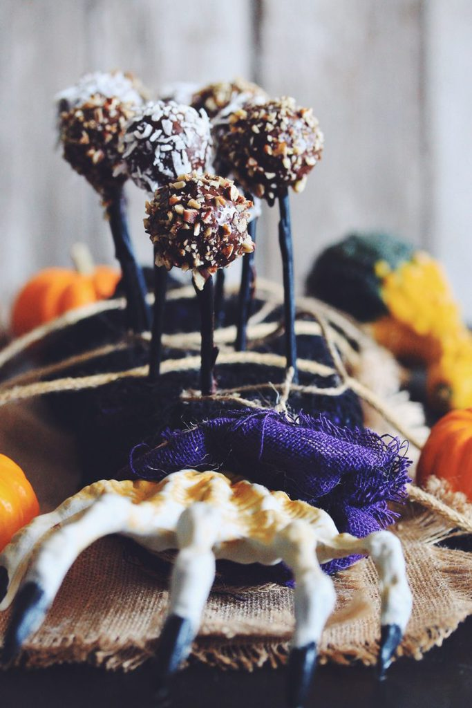 vegan no-bake pumpkin cake pops_hot for food