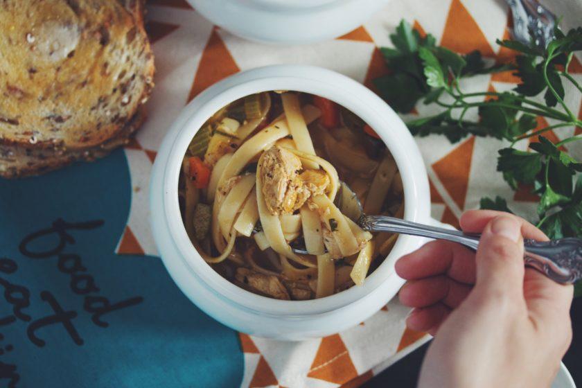vegan chicken noodle soup_hot for food