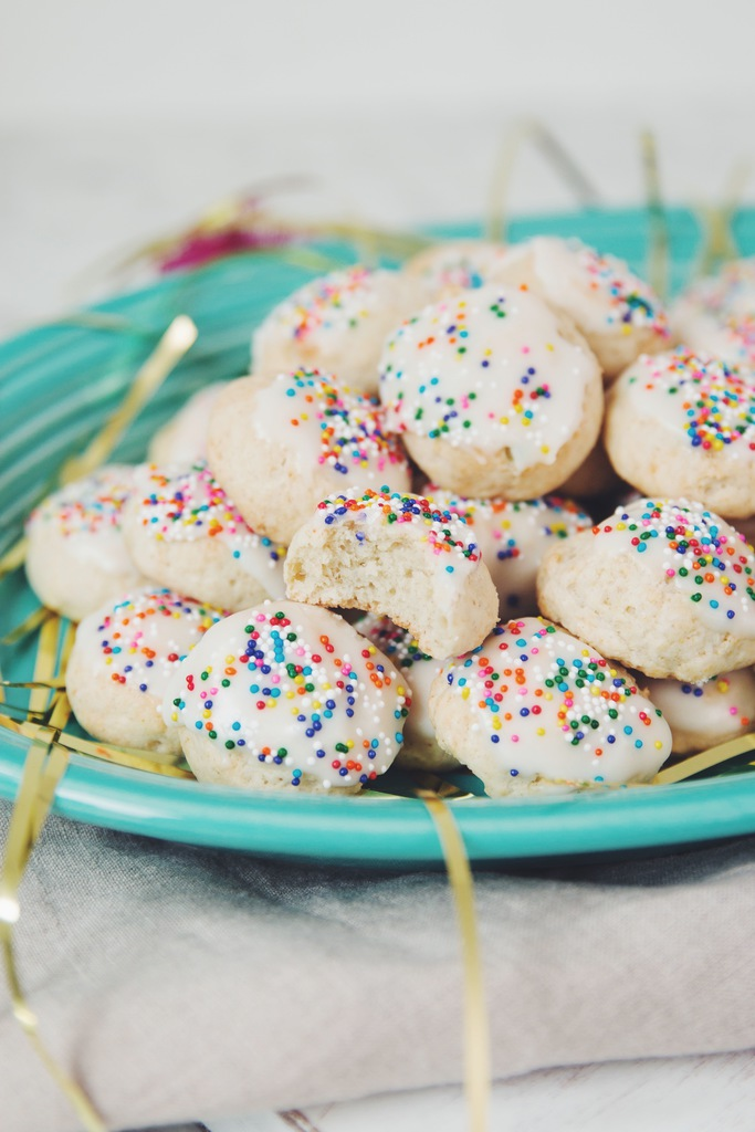 vegan Italian anginette cookies
