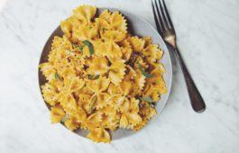 creamy vegan pumpkin sage pasta_hot for food