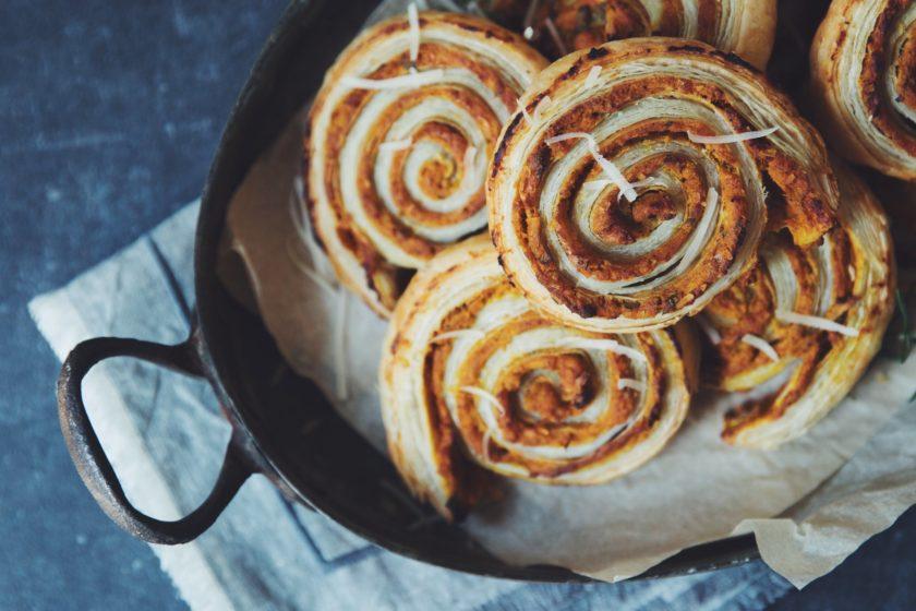 cheesy vegan pumpkin rolls_hot for food