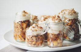 vegan apple pie shooters_hot for food