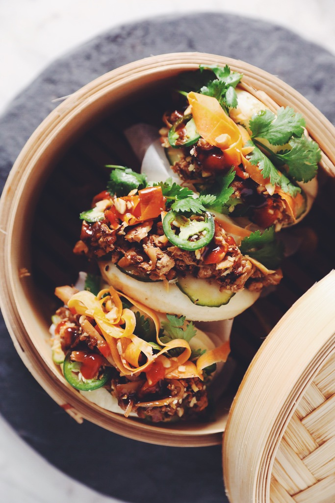 five spice pulled palm steamed bao_hot for food