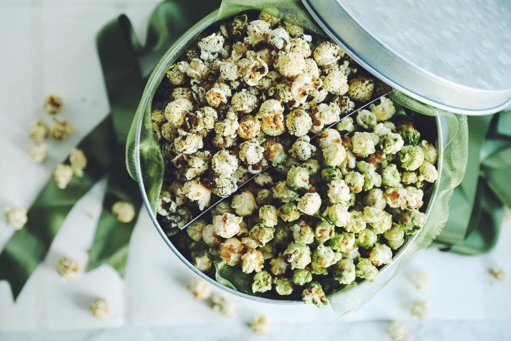 tokyo mix popcorn tin