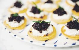 blinis with vegan caviar_hot for food