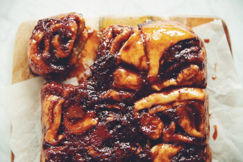 vegan strawberry caramel sticky buns_hot for food