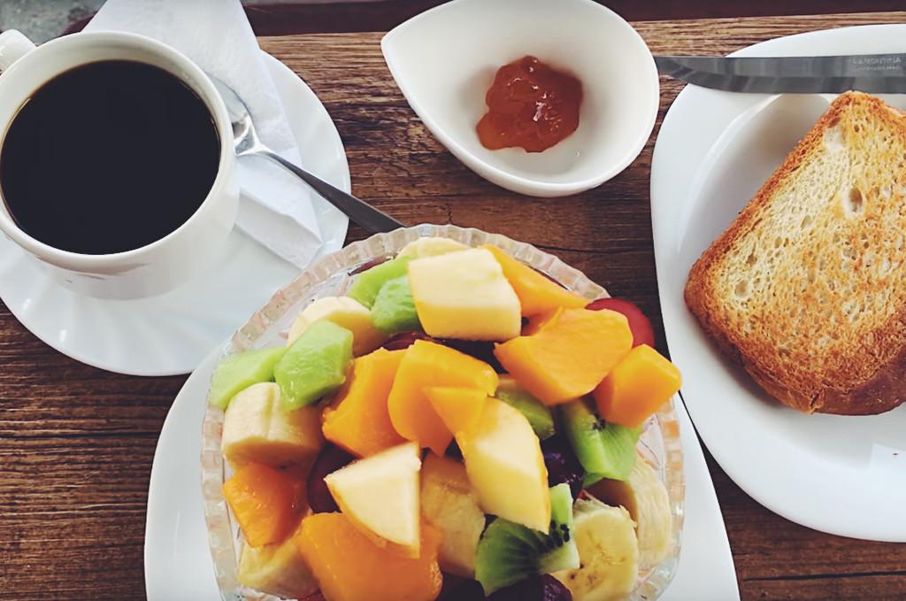 galapagos_hot for food