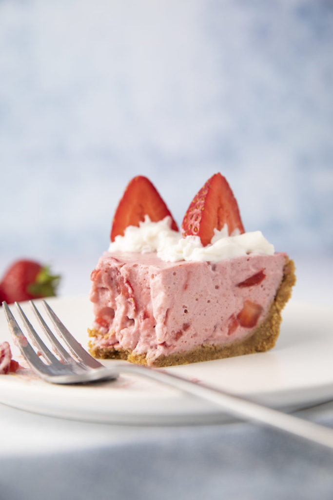 strawberries-and-cream-chiffon-pie_hot-for-food