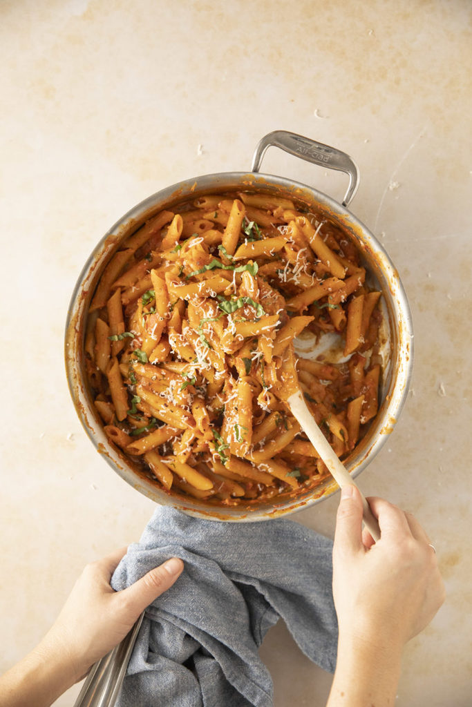 penne-alla-vodka_hot-for-food
