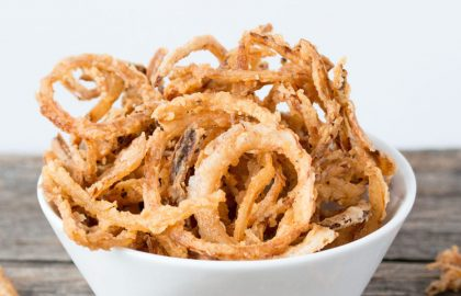 crispy onion strings_hot for food