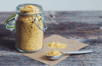 nutritional yeast_hot for food