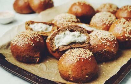 pumpernickel bagel bombs_hot for food