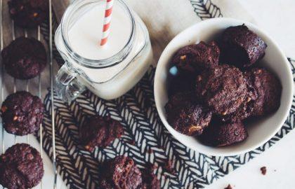 easy vegan brownie bites_hotforfood