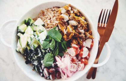 vegan chicken shawarma bowl_hot for food
