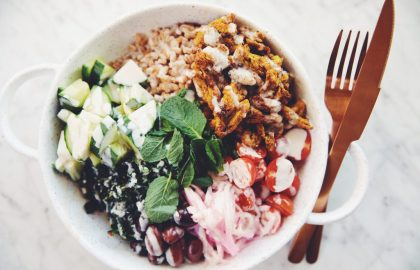 vegan chicken shawarma bowl_hot for food