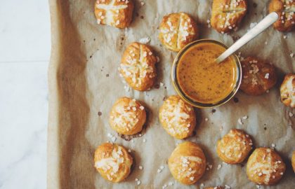 vegan pretzel bites with spicy maple mustard dip_hot for food